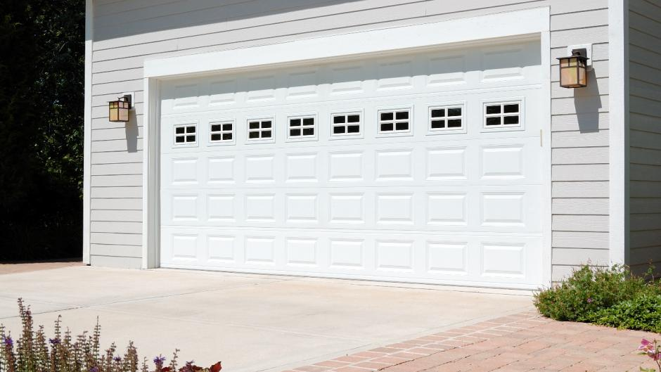 traditional overhead garage door